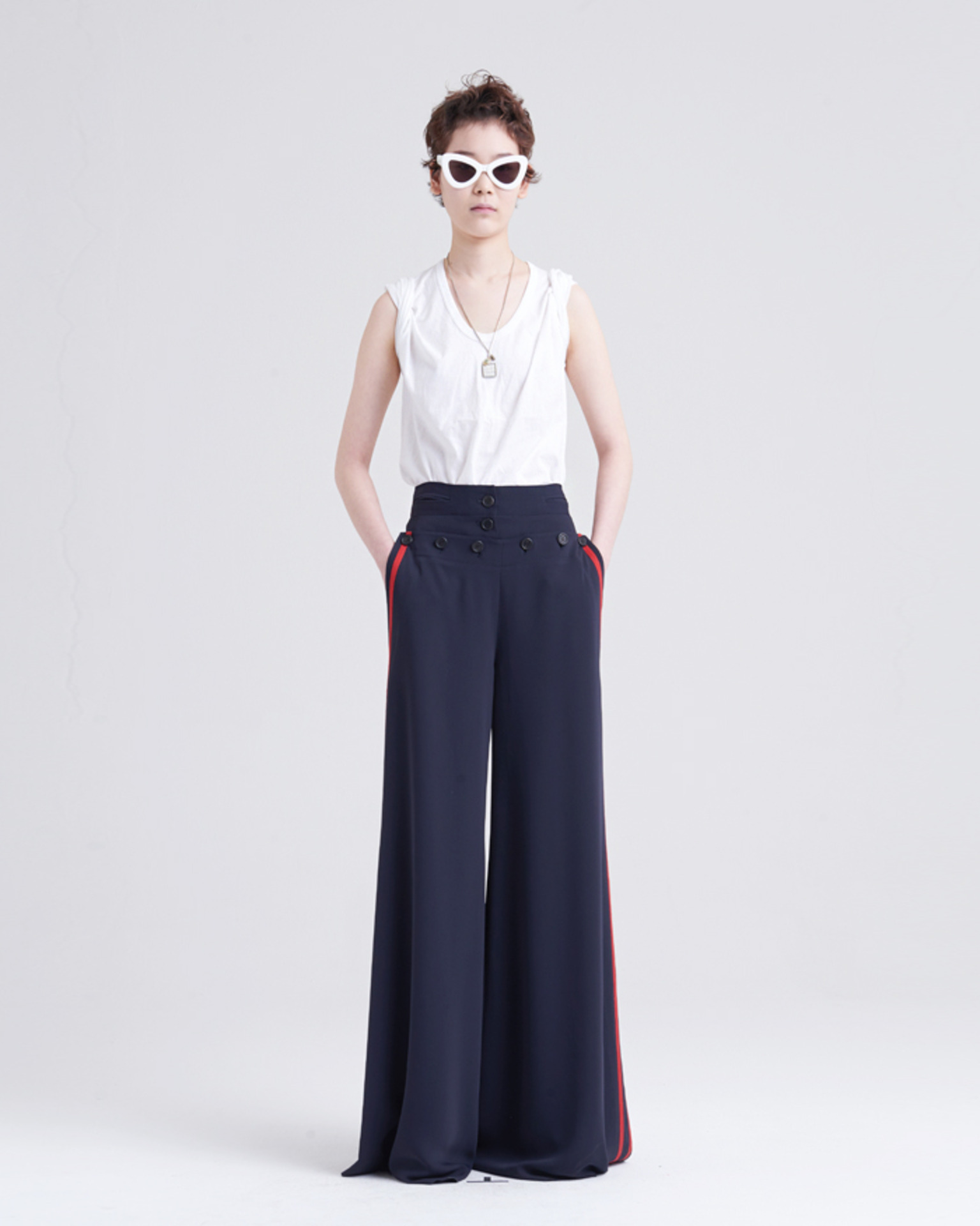 BACK STRING WIDE PANTS