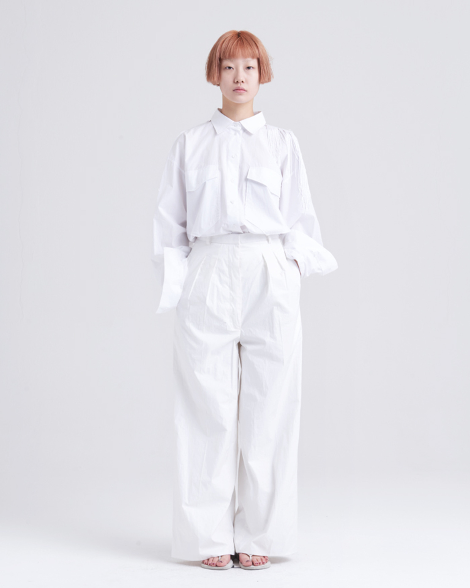 WHITE WIDE PANTS