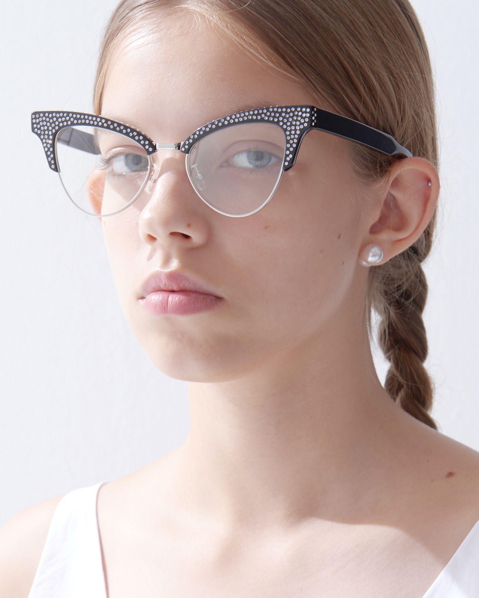 UNDER METAL SWAROVSKI GLASSES