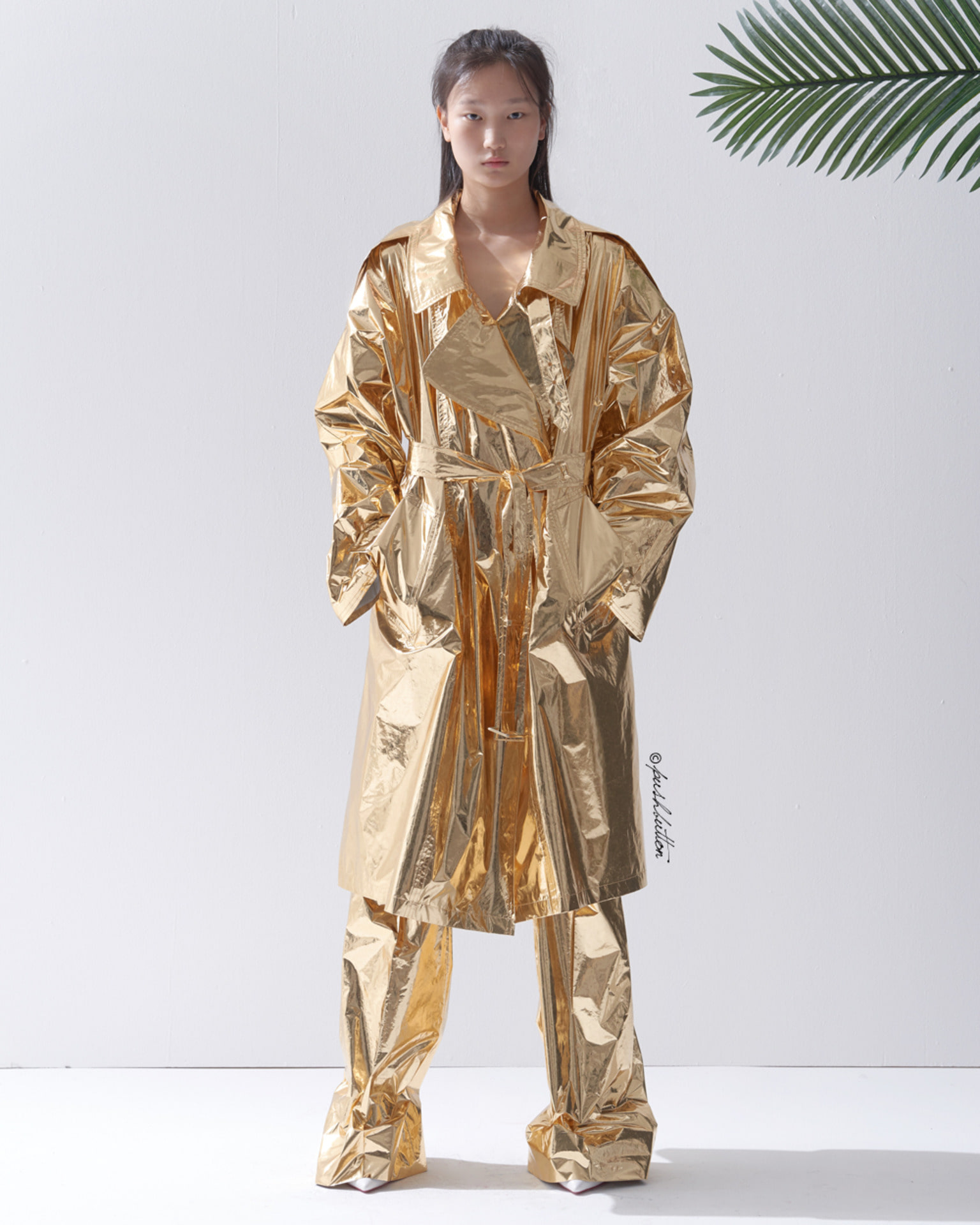 METALLIC GOLD TRENCH COAT