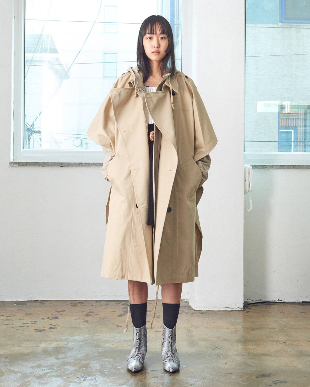 TWO-WAY TRENCH COAT