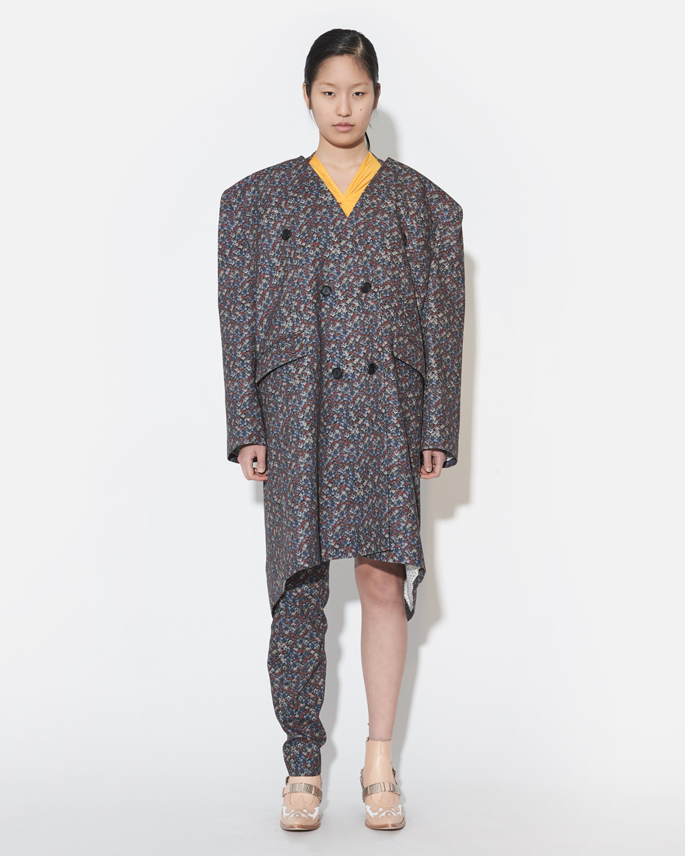BOX SHOULDER COAT