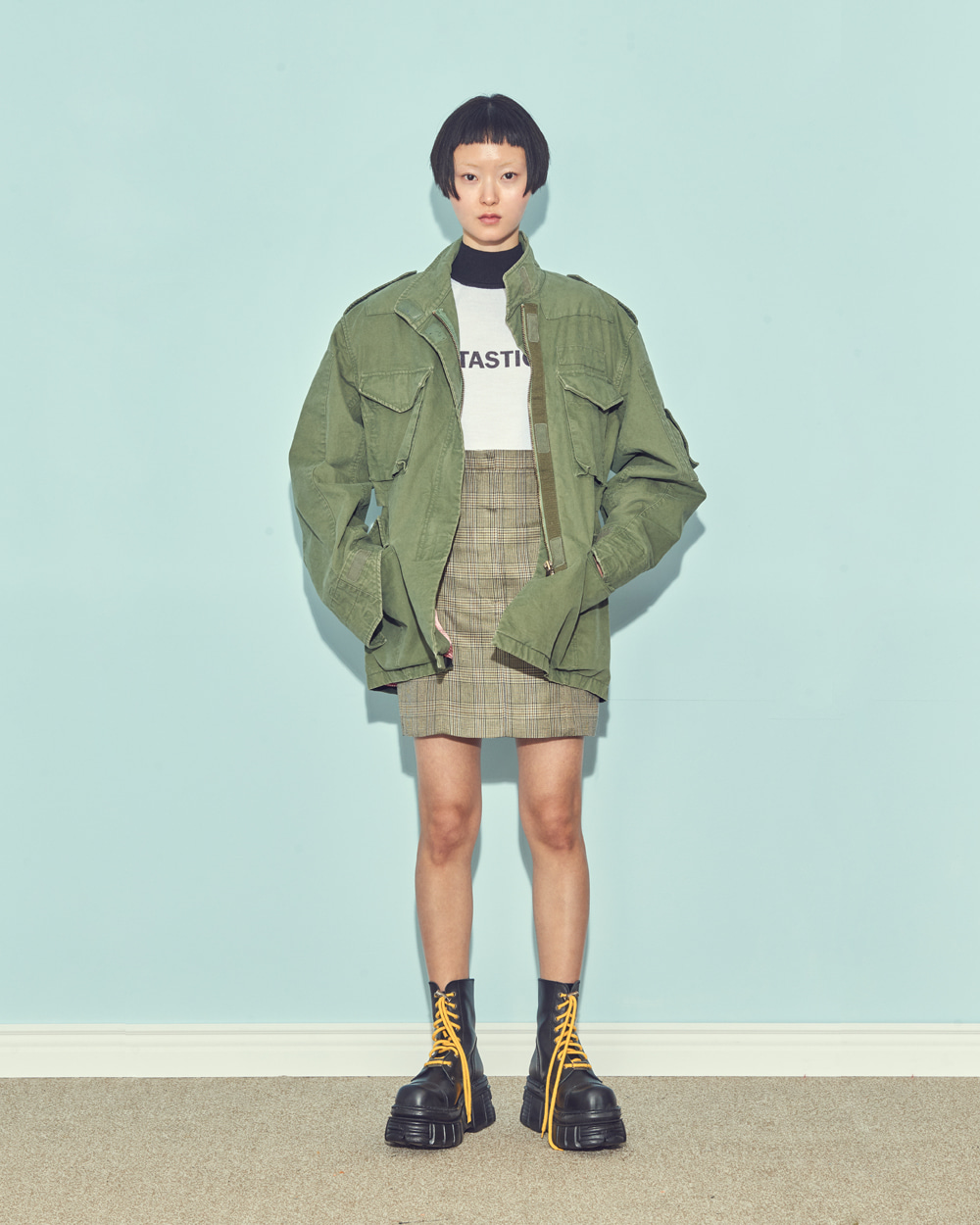 FW19 FRONT-UP MINI SKIRT