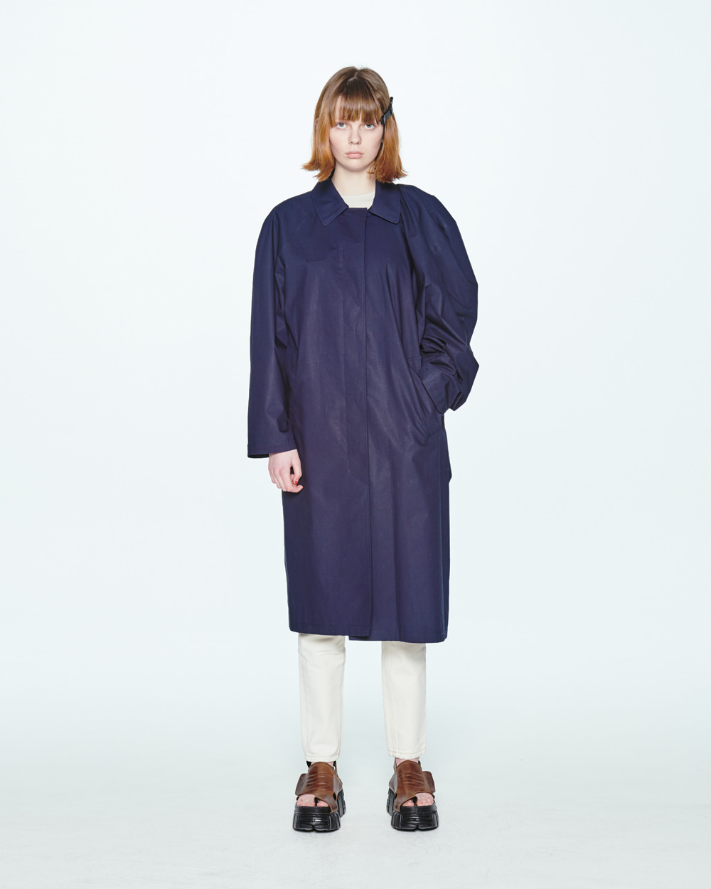 SS20 UNBALANCE SHOULDER NAVY COAT