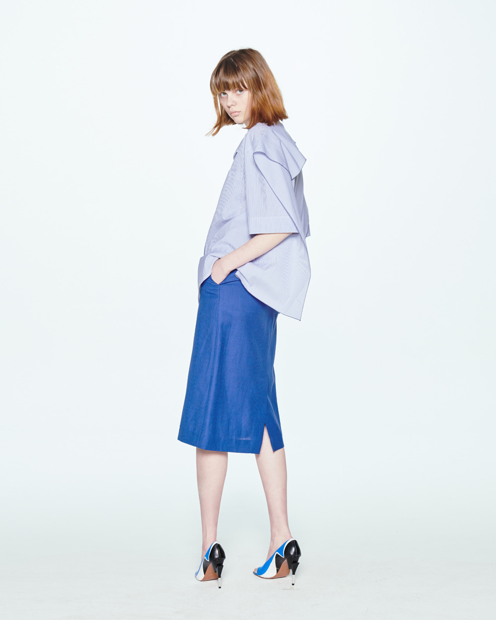 SS20 BACK SQUARE STRIPE SHIRT