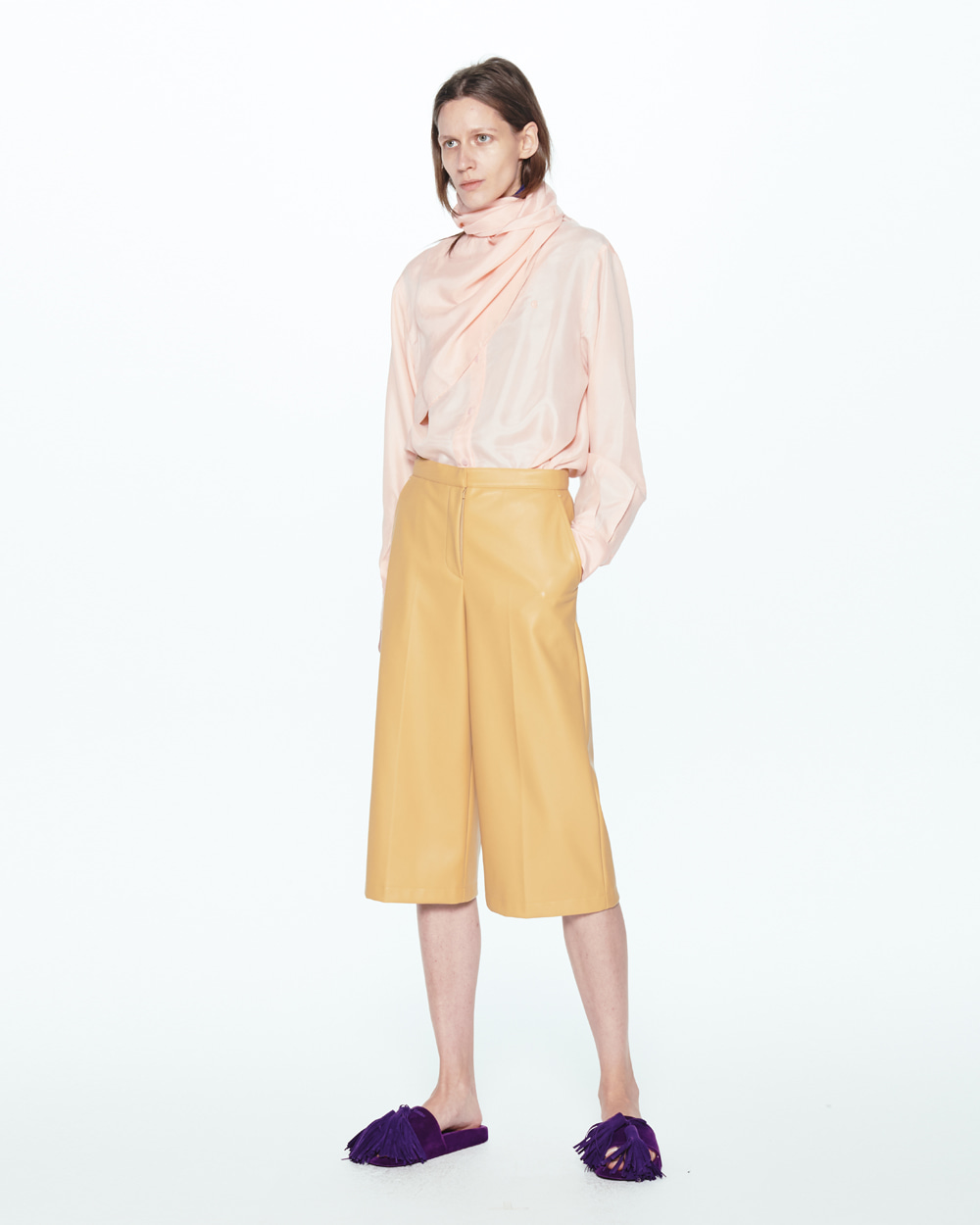 PF20 THREE-QUARTER GAUCHO PANTS