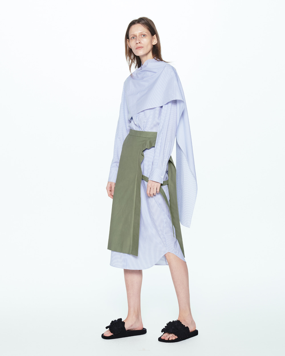 PF20 LAYERED SIDE OPEN SKIRT