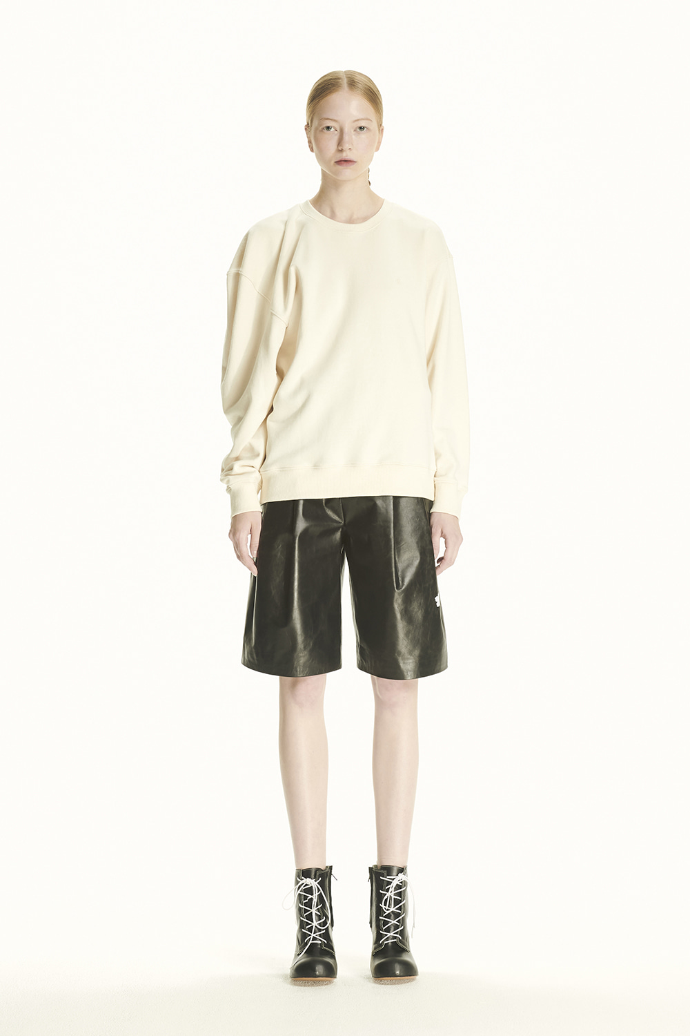PS21 UNBALANCED SHOULDER IVORY SWEATSHIRT