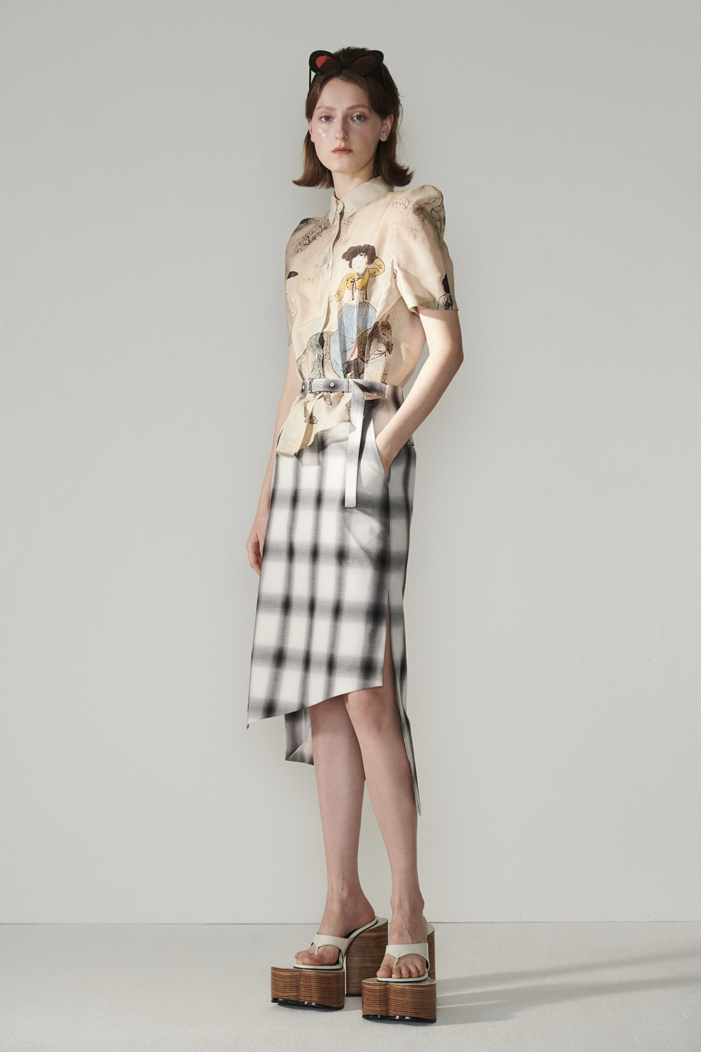 SS21 DIAGONAL HEM BELTED CHECK SKIRT