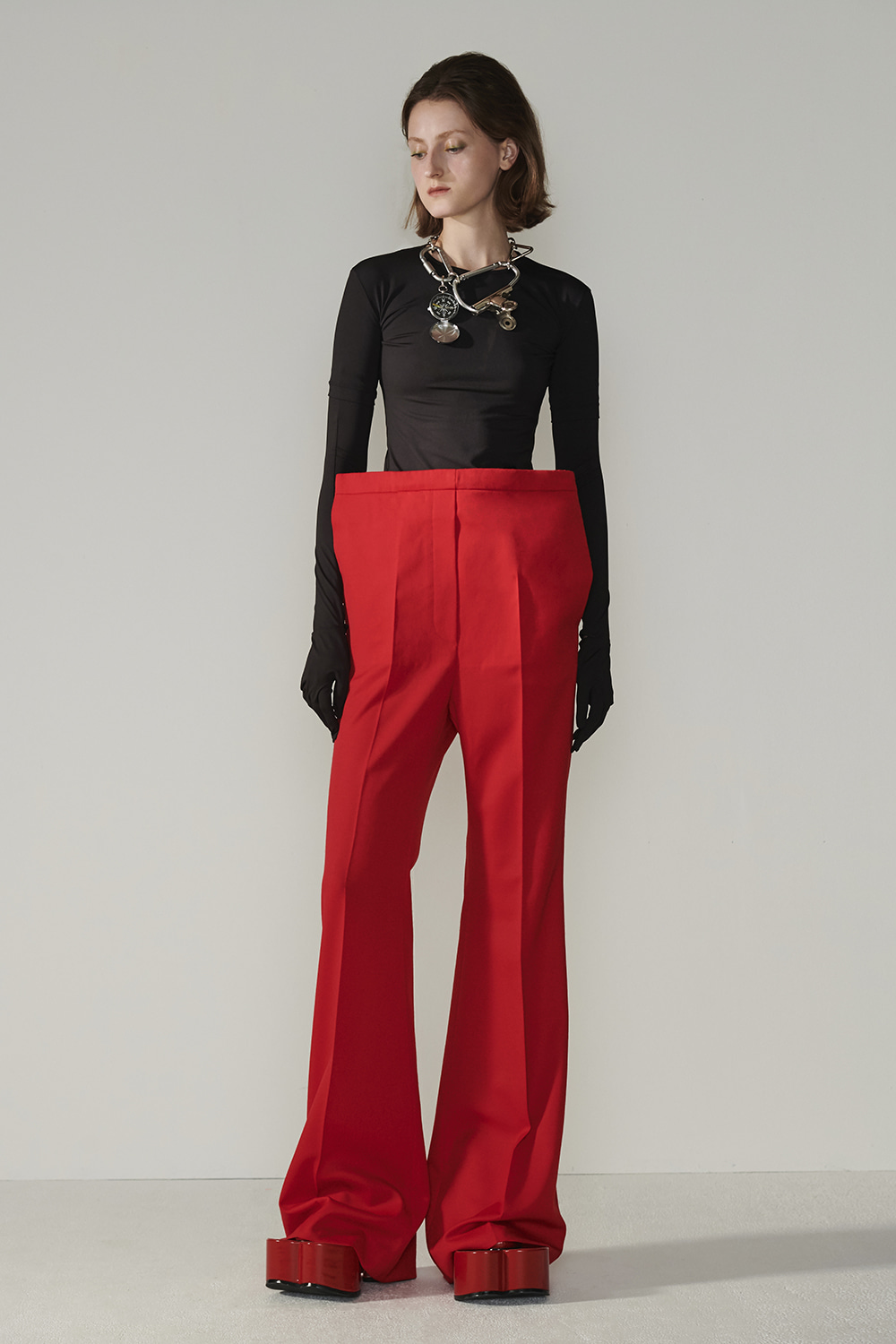 SS21 FRONT-UP BELL BOTTON RED PANTS