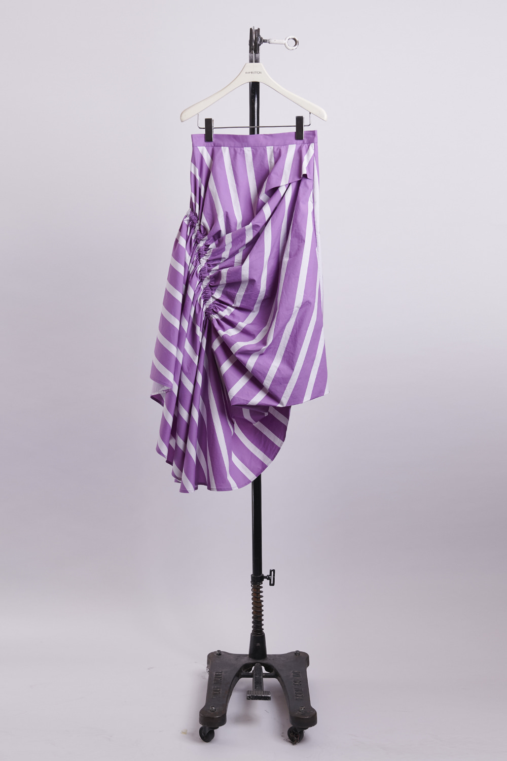 HS21 VIOLET FRONT SHIRRING SKIRT