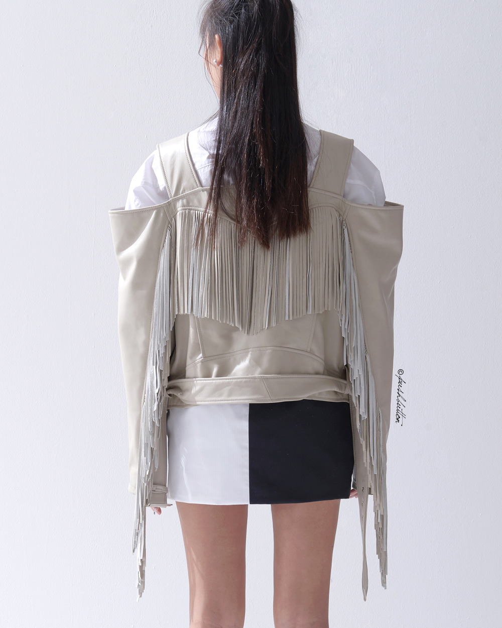 FRINGES OFF-SHOULDER LEATHER JACKET