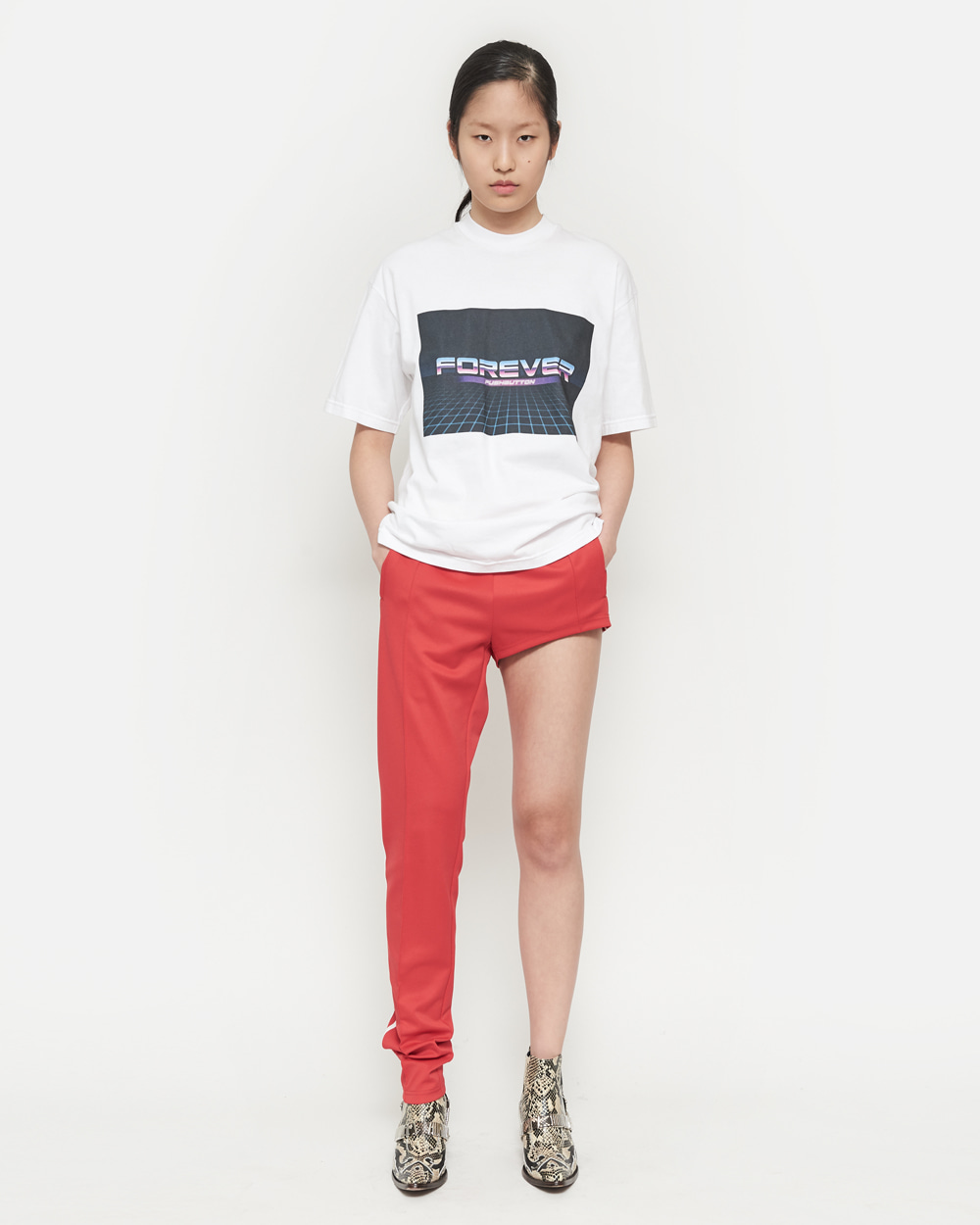 PUSHBUTTON T-SHIRT