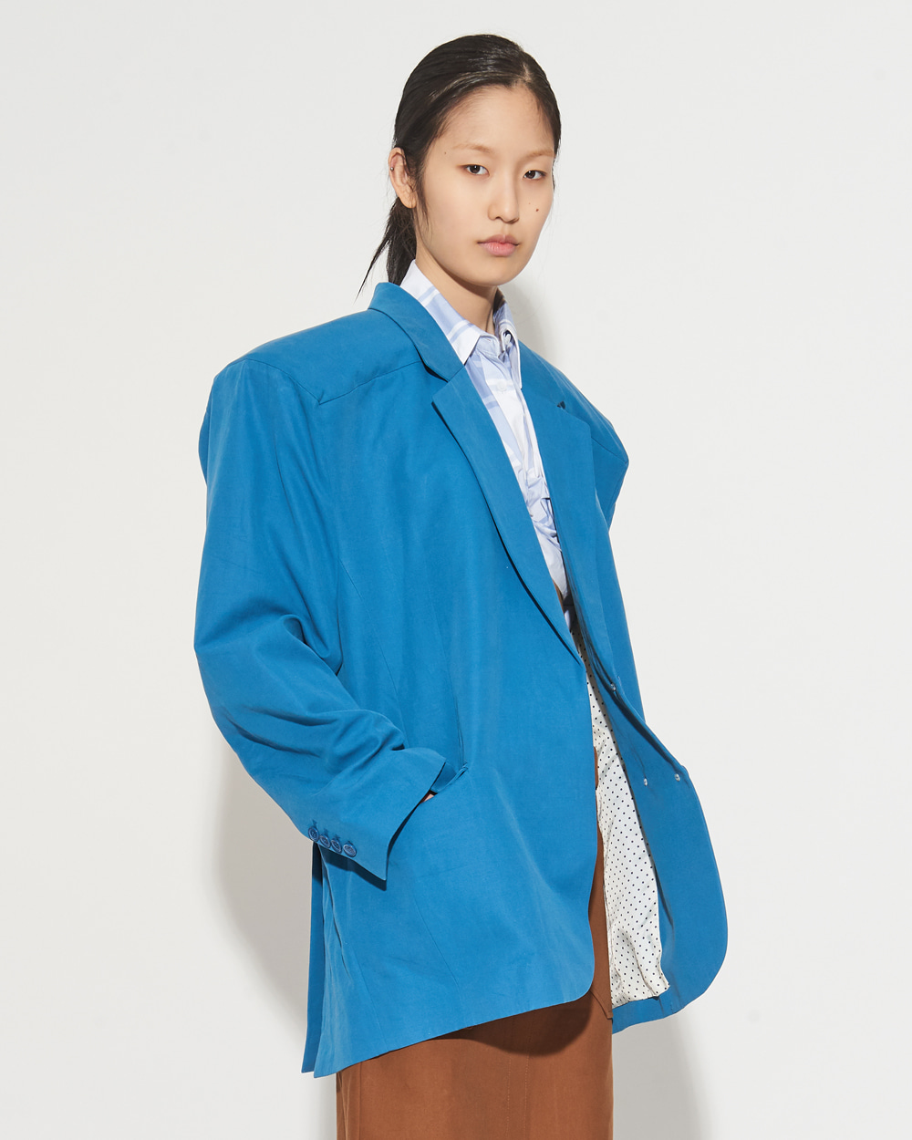 BOX SHOULDER JACKET