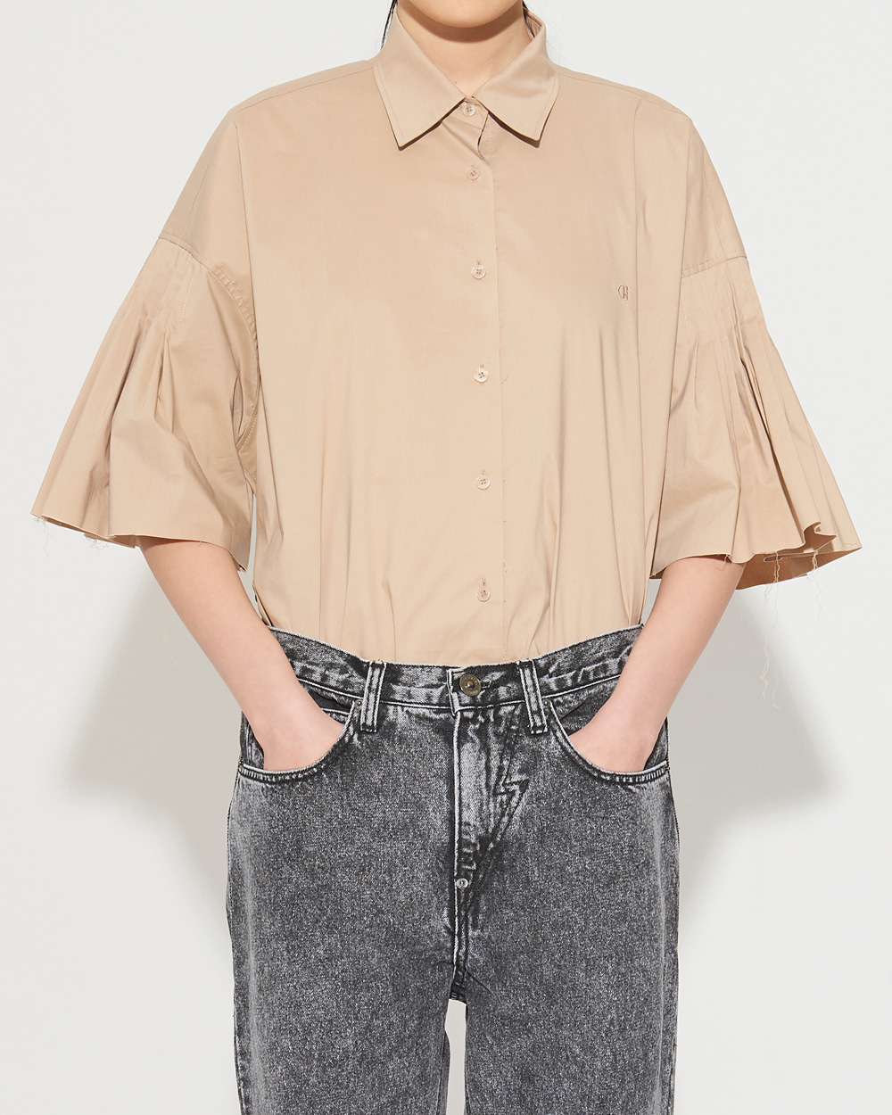 PINTUCK SLEEVED SHIRT