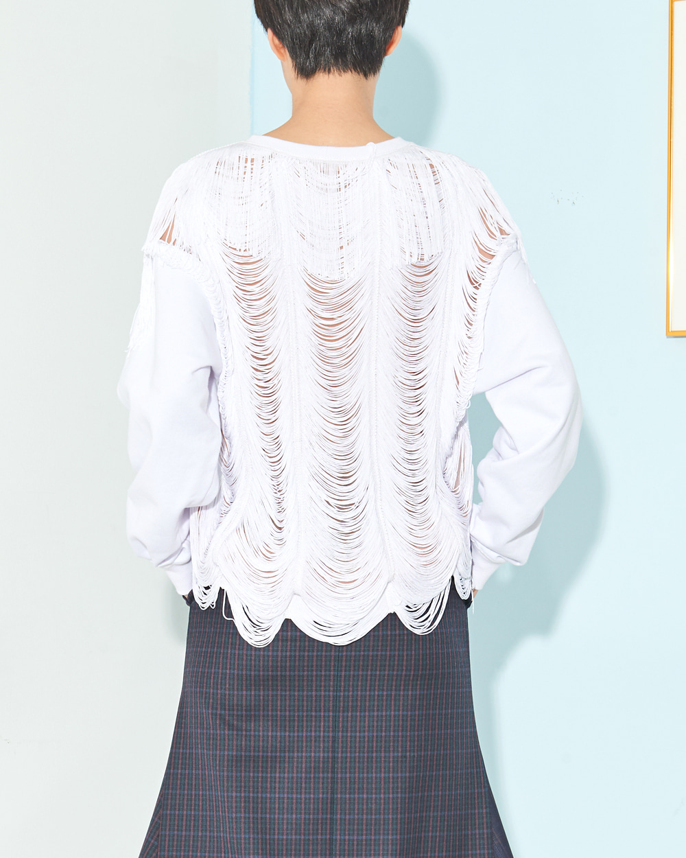 PF19 TASSELS-BACK SWEAT TOP