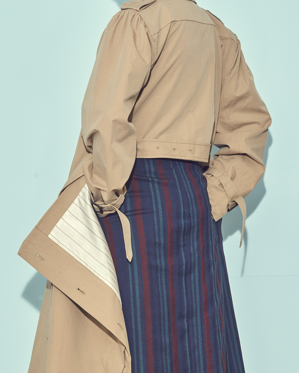 FW19 BACK POINT TRENCH COAT