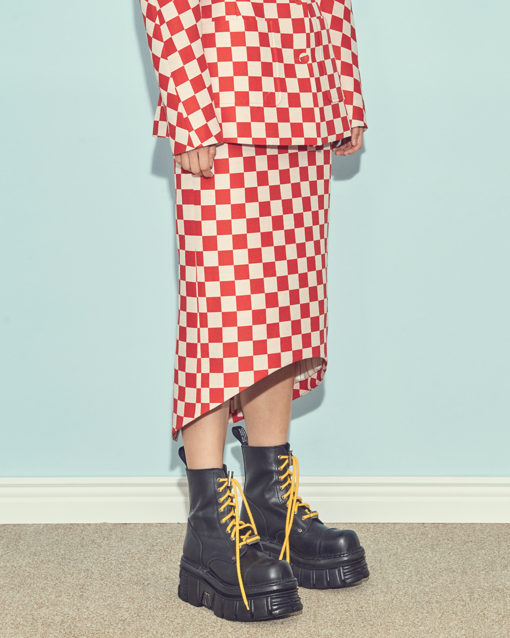 FW19 CHESS CHECK BACK-UP MIDI SKIRT
