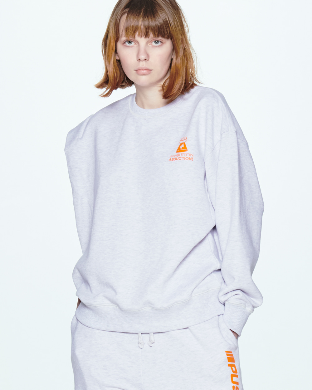 SS20 [공효진 착용] UNBALANCE SLEEVEED GREY SWEAT SHIRT