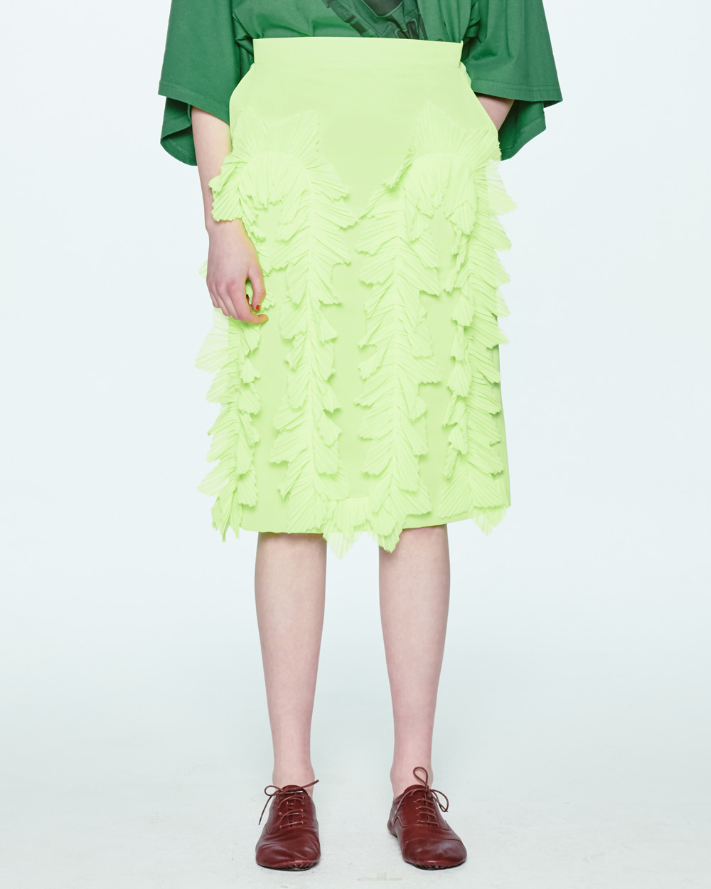 PLEATS FRILL LIME SKIRT