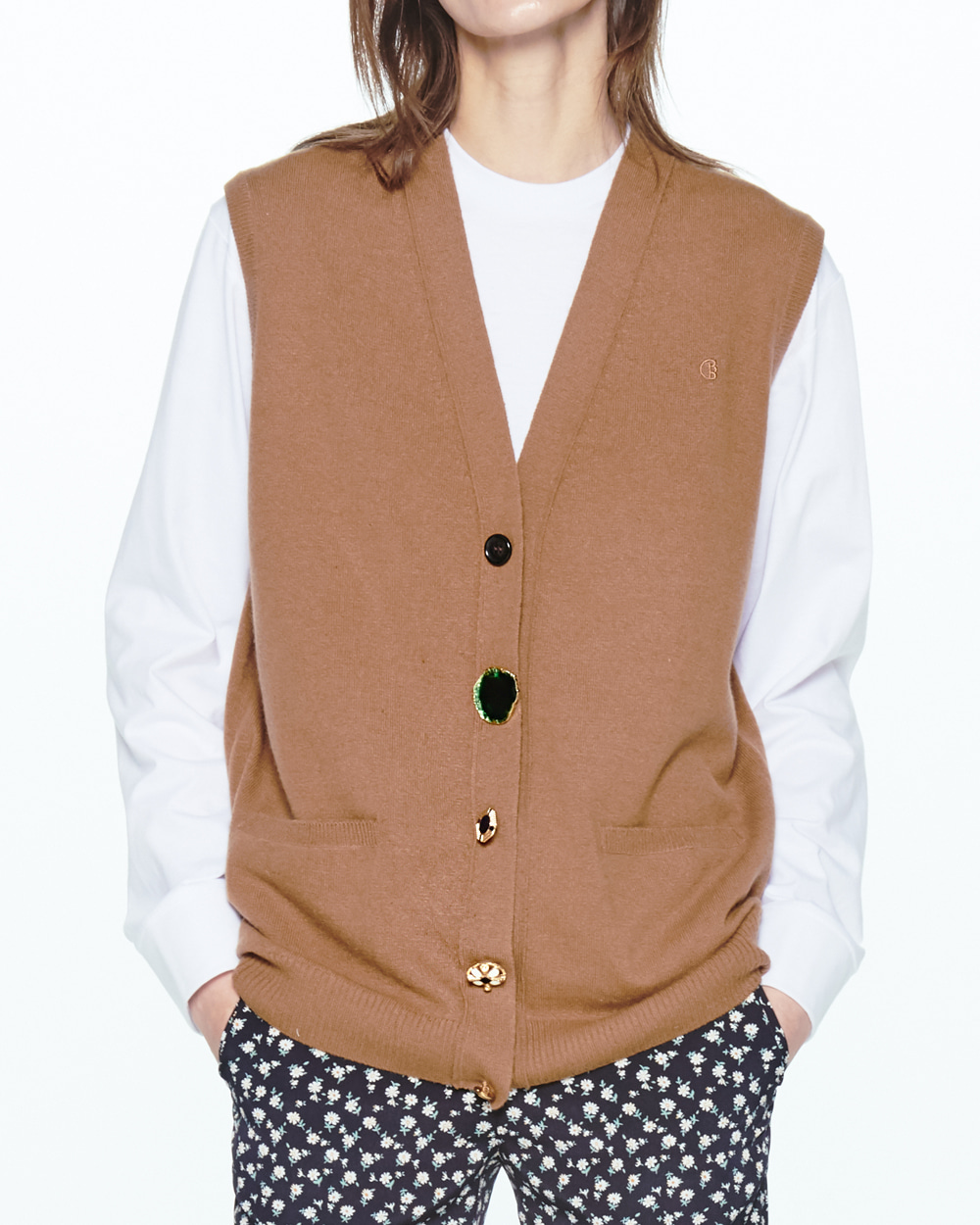 PF20 FESTIVAL BUTTONS POINT KNIT VEST
