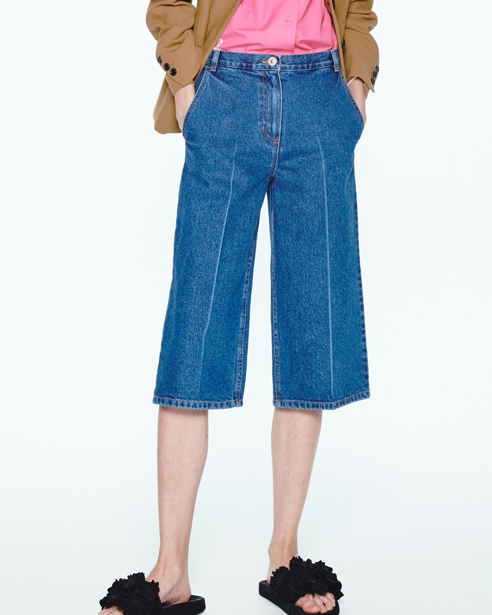 PF20 THREE-QUARTER DENIM PANTS