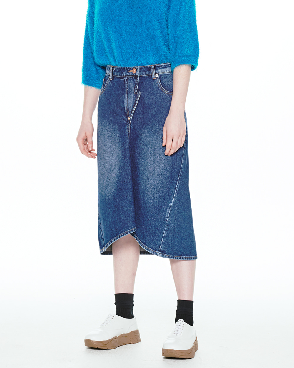 FW20 FRONT FLARE DENIM SKIRT