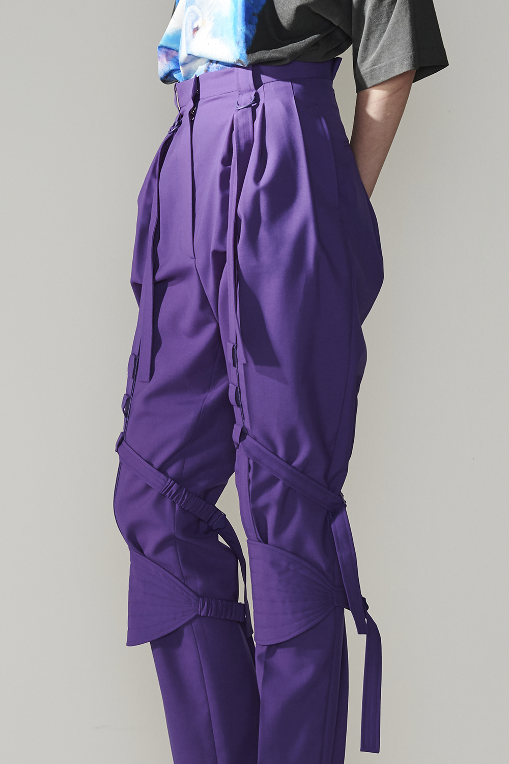 SS21 DETACHABLE KNEE PAD VIOLET PANTS