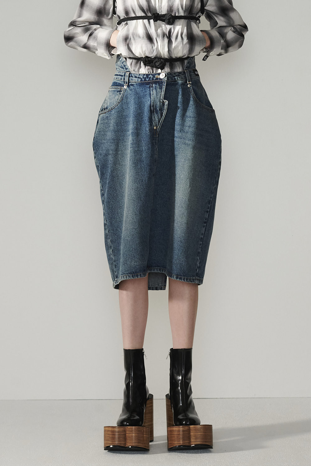 SS21 BACK-UP DEEP BLUE DENIM SKIRT